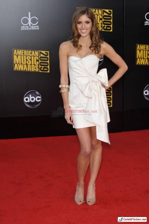 Kayla Ewell Awesome Look In White Outfit-006