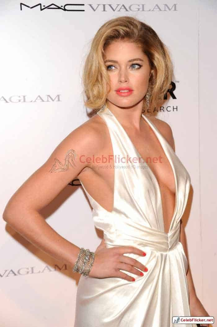 Doutzen Kroes Pictures in Awesome White Dress -04