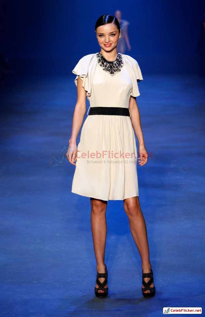 Miranda Kerr Awesome Looks at David Jones Show-07