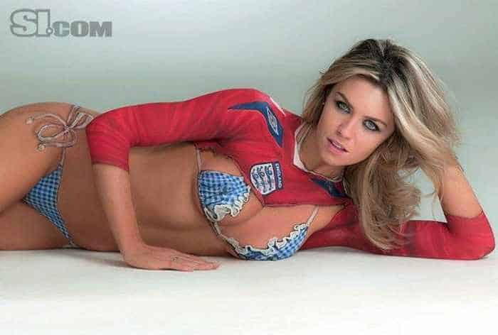 8 Pics of Abbey Clancy Body Painting Sports Illustrated 07