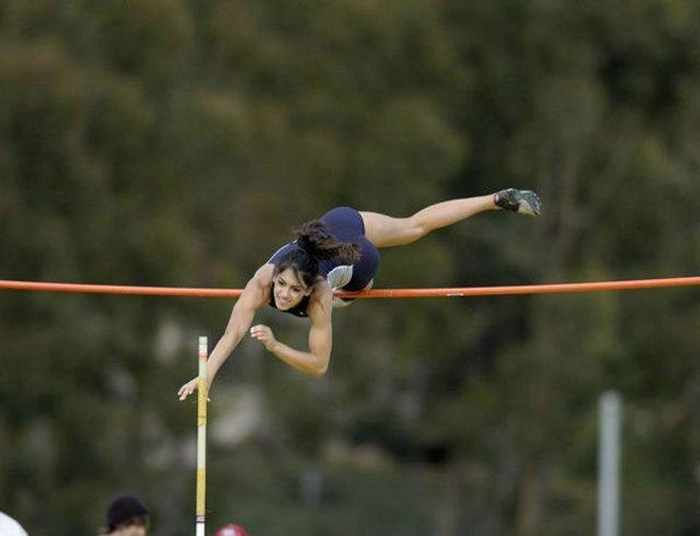Hot Allison Stokke In Action - 18 Photos -17