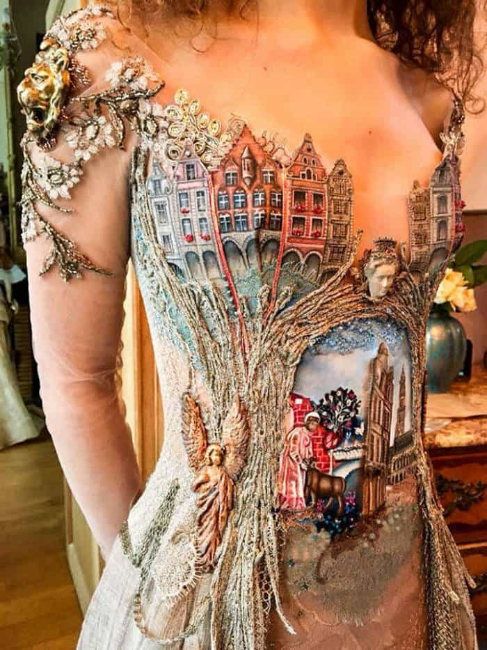 16 Pictures of Amazing Creative Dresses That Will Blow Your Mind -12