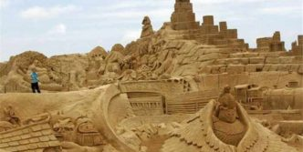 5 Creative Pictures of Amazing Sand Sculptures