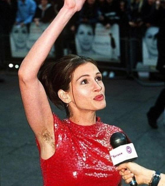 76 Awkward Celebrity Moments Captured at Perfect Time -09