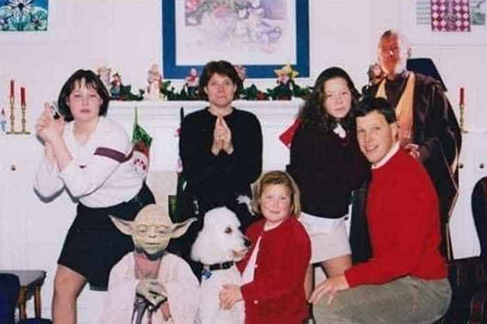 The 50 Most Awkward Family Christmas Photos That are Hilarious -05