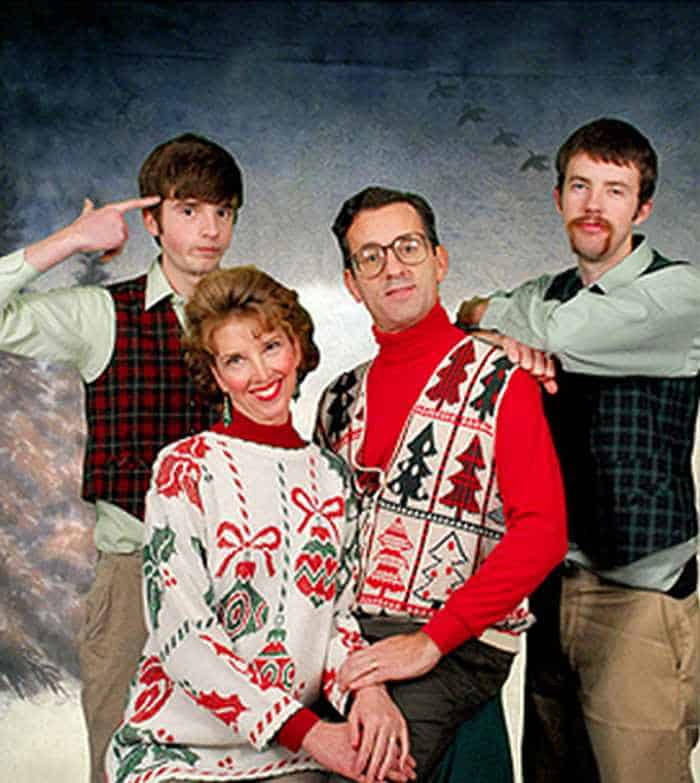 The 50 Most Awkward Family Christmas Photos That are Hilarious -25