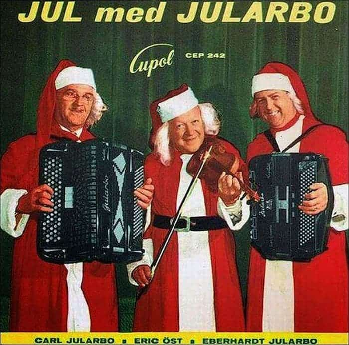 31 Hilariously Bad Christmas Album Covers of All Time -17