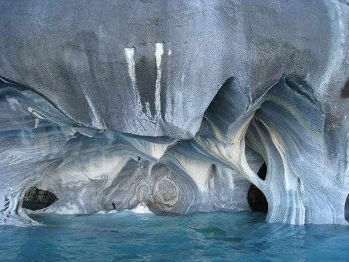 11 Pictures of Most Beautiful Caves On The Earth -08