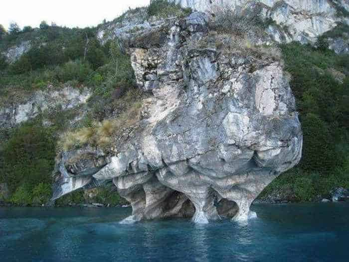 11 Pictures of Most Beautiful Caves On The Earth -10