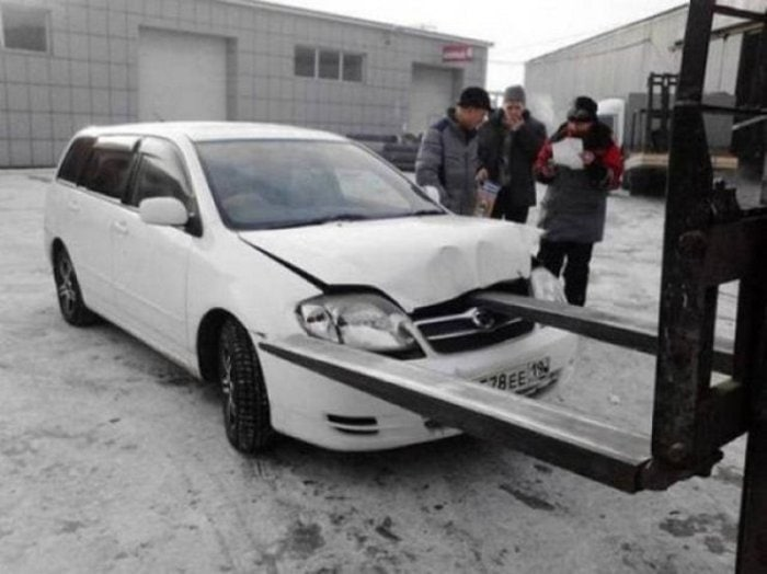 Best Car Fails That Will Make You Cringe (55 Photos)-14