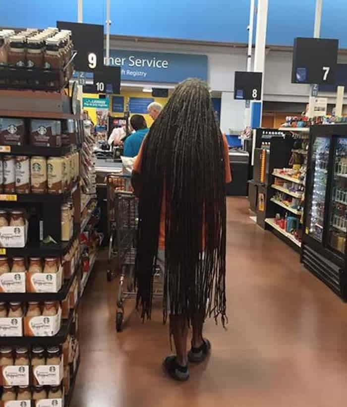 35 Bizarre People of Walmart That Are The Best Freak Ever -04