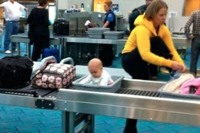 Most Bizarre Things Spotted At The Airport (55 Pics)-31