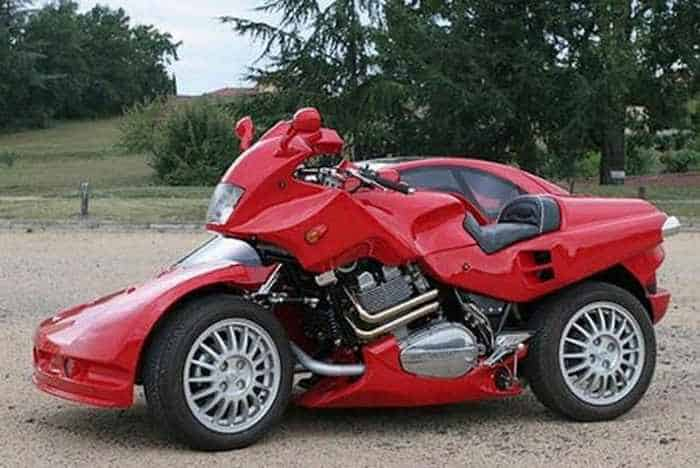 4 Awesome Funny Pics of Car Or Motorcycle?-01