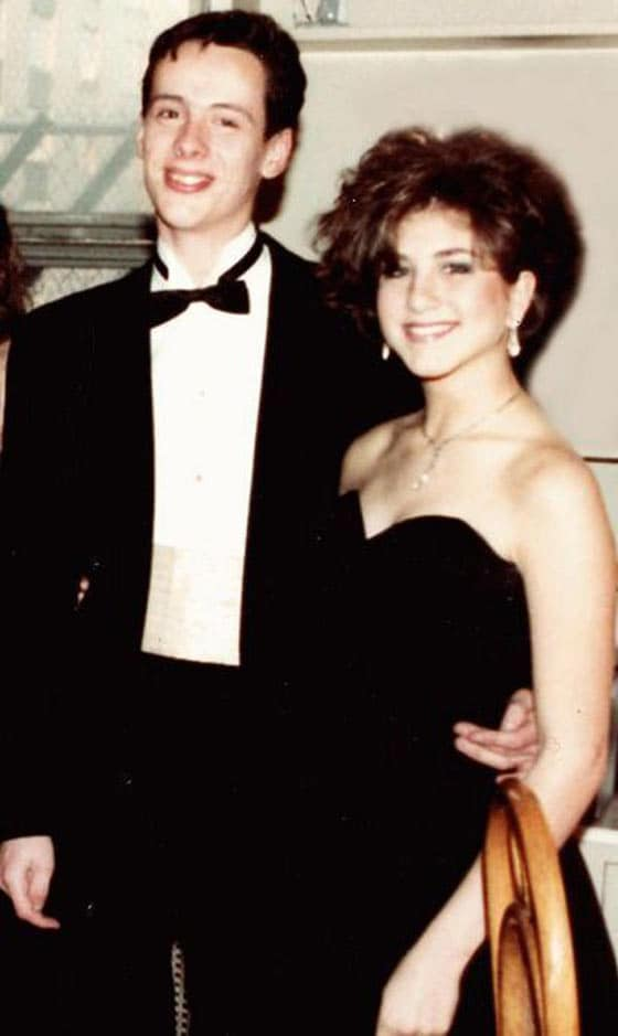 37 Beautiful Celebs From Their Memorable Prom At 18 Will Blow Your Mind -06