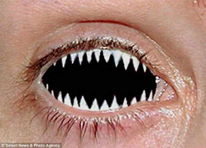 Dreadful Scary Contact Lenses - 7 Pics -02