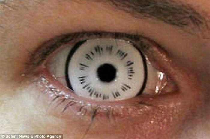 Dreadful Scary Contact Lenses - 7 Pics -05