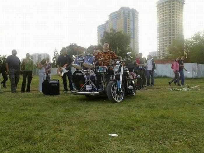 Funny Bike With Drums For Music Lover - 8 Pics -07
