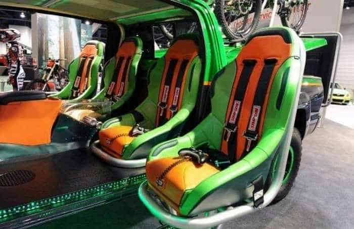 13 Funny Pictures of Cool Car For Fans of Computer Games-08