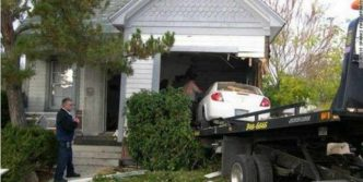 7 Epic Fail Pictures of Funny Parking Fails