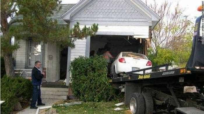 7 Epic Fail Pictures of Funny Parking Fails-06
