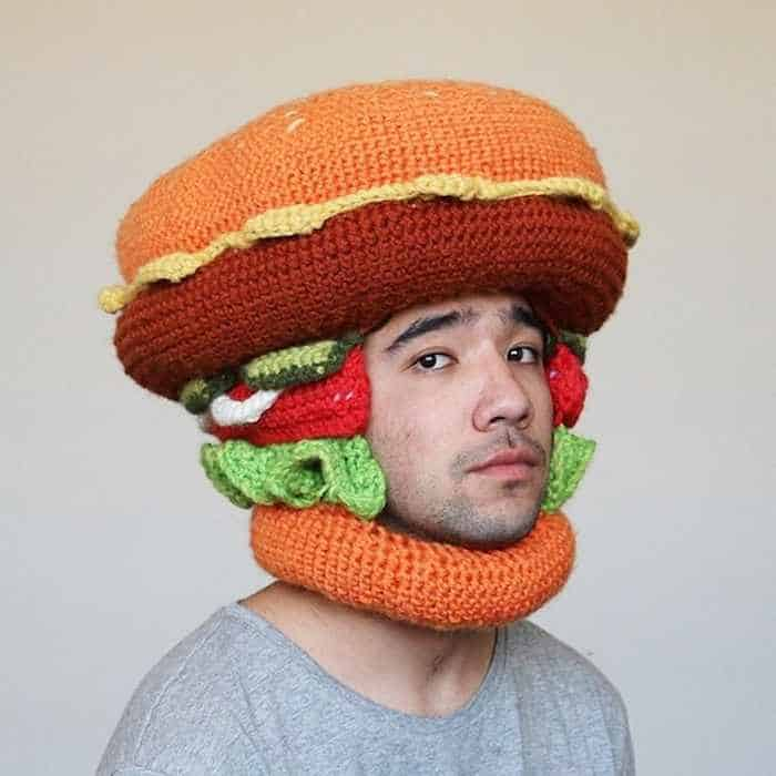 30 Cool Winter Hats That Will Keep You Warm -10