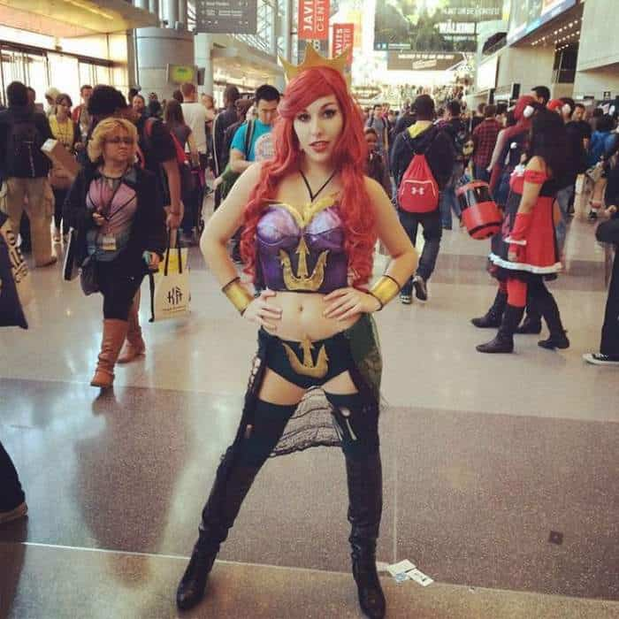 63 Funniest Cosplay Girls from New York Comic Con 2014 -31