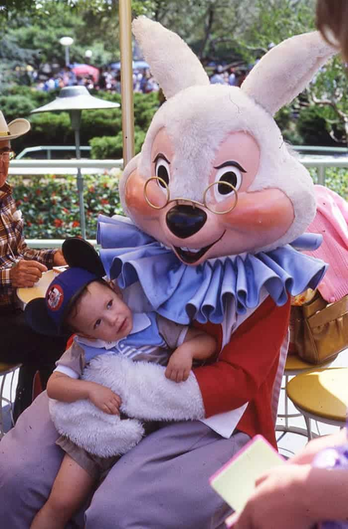 60 Scary Easter Bunny Pictures That Will Give You Nightmares -45