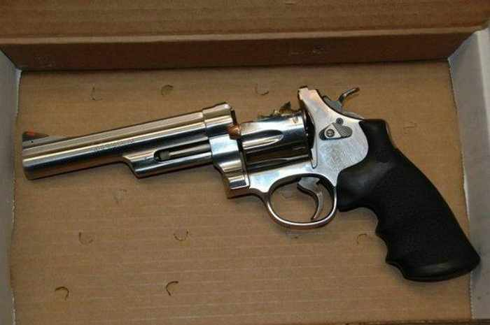 One of The Dangerous Revolver In The World -01
