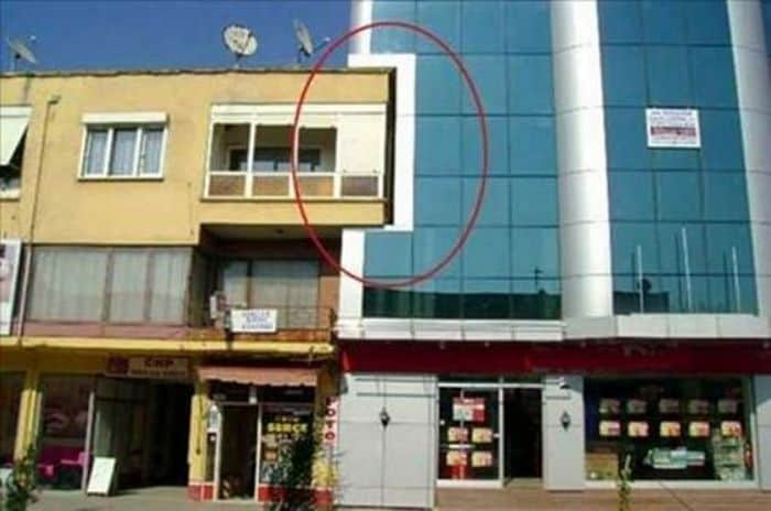 50 Epic Architectural Fails That Are Most Embarrassing -09
