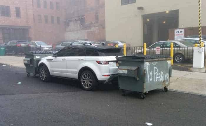 The 13 Epic Parking Fails That Will Blow Your Mind - Seriously -02