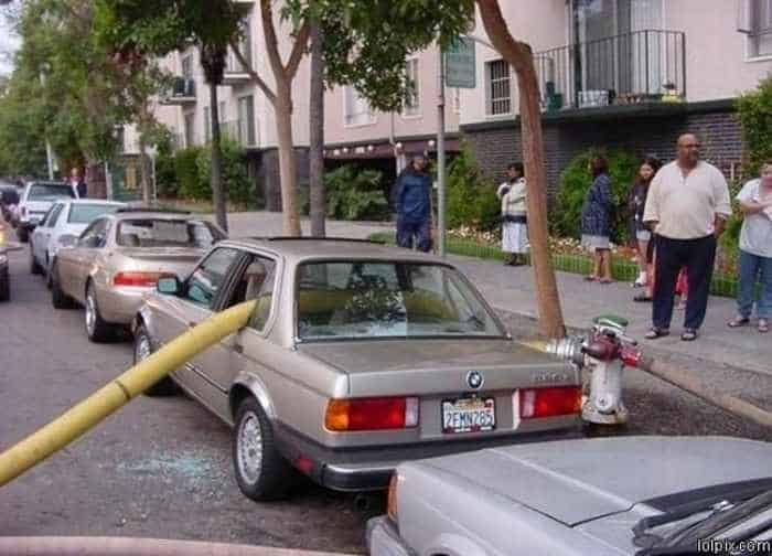 The 13 Epic Parking Fails That Will Blow Your Mind - Seriously -03