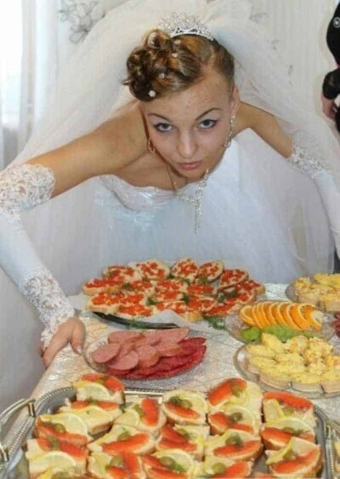 44 Funny Epic Fail Wedding Pictures That Will Make You Laugh -16