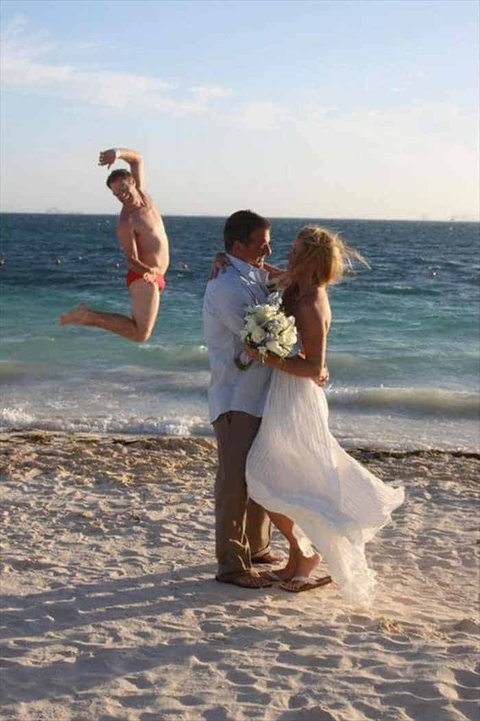 44 Funny Epic Fail Wedding Pictures That Will Make You Laugh -43