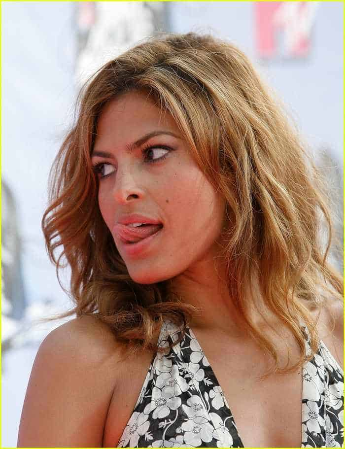 13 Eva Mendes Funny And Beautiful Pictures -12