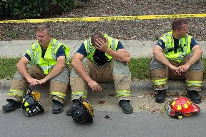 29 Epic Fail Awesome Fire Truck Accident Pics -21