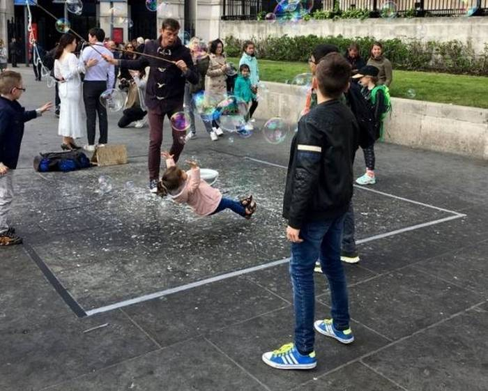40+ Fresh Perfectly Timed Photos Of The Day-41