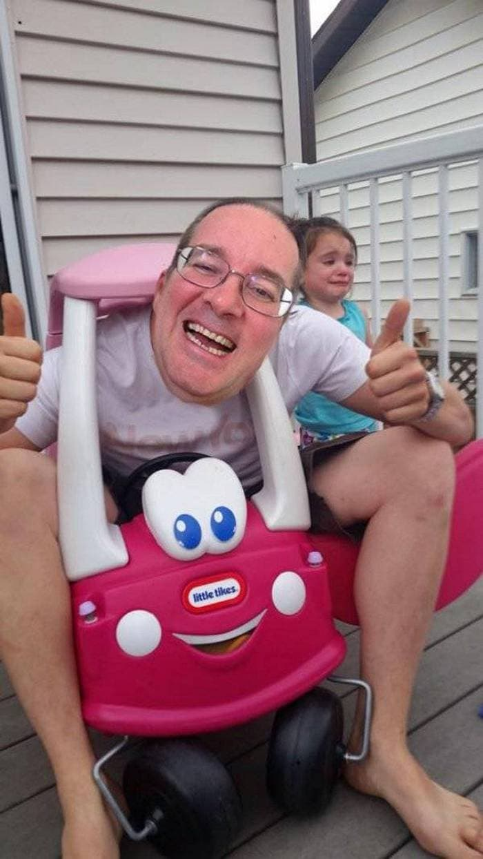 31 Funniest Dads That Are The Best Ever-16