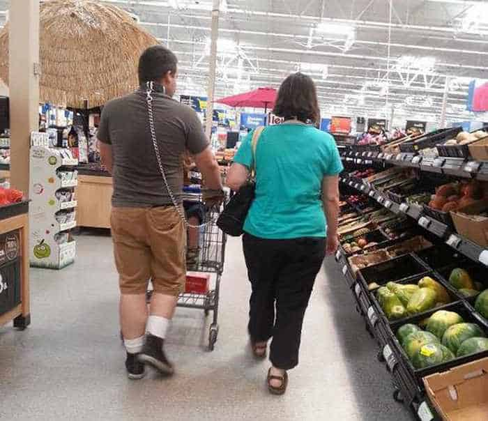 The 45 Funniest People of Walmart Photos -43