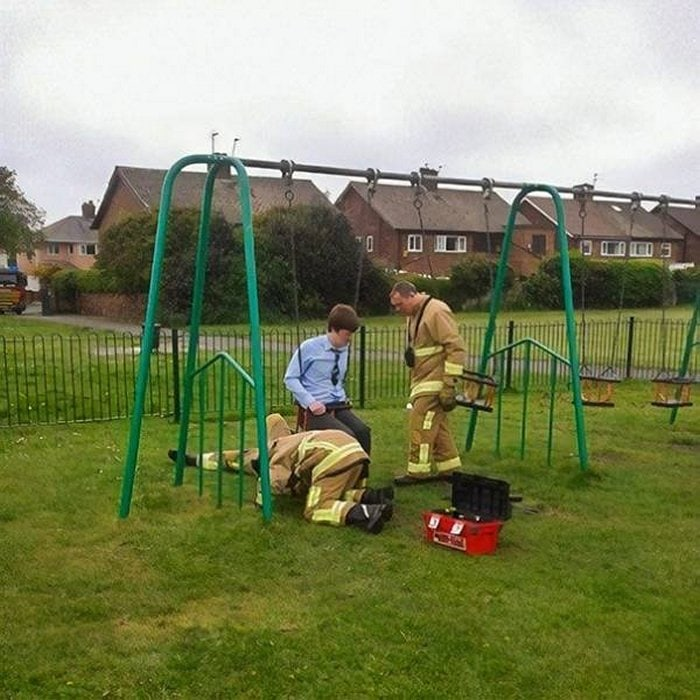 Funny Adults That Stuck At Kids Playgrounds (36 Photos)-11