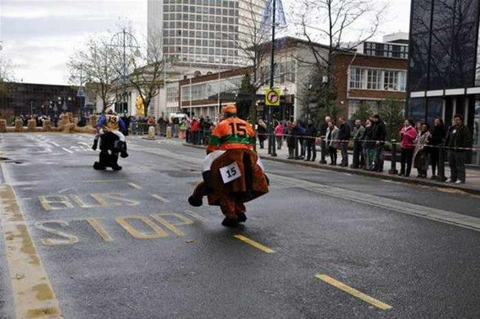 Funny Race Competition That Will Make You Smile - 12 Pics-03
