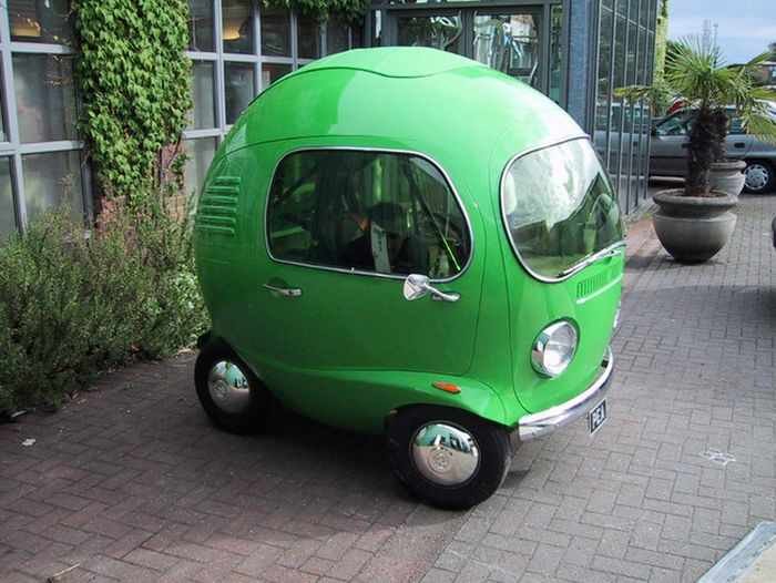 20 Funny Pics of Custom Cars That You Want In Your Garage -15