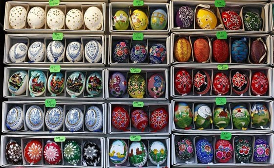 25 Best Ideas about Easter Eggs -02