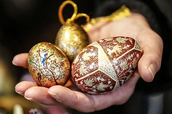 25 Best Ideas about Easter Eggs -08