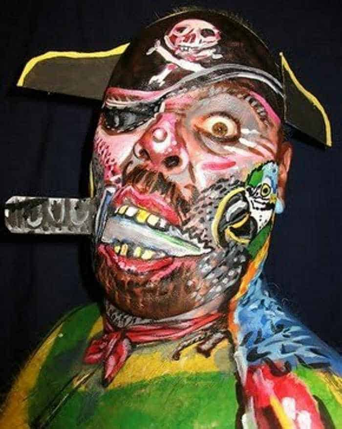 10 Mind-blowing Funny Creative Face Painting Pics -11