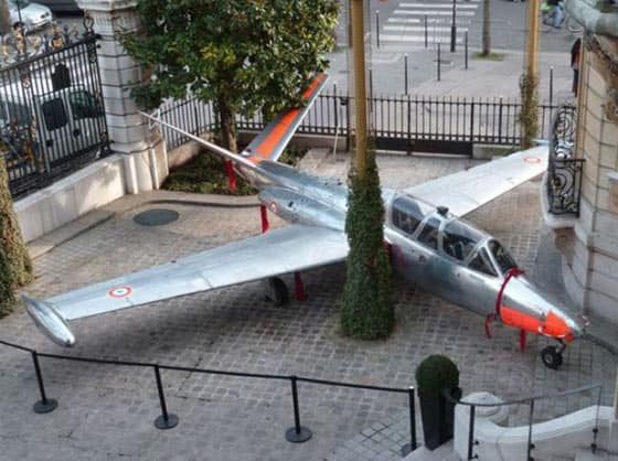 Unusual Funny Air Plane Parking Will Shock You