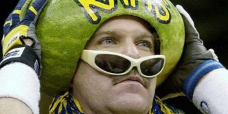10 Crazy And Funny Fan Pictures Will Shock You