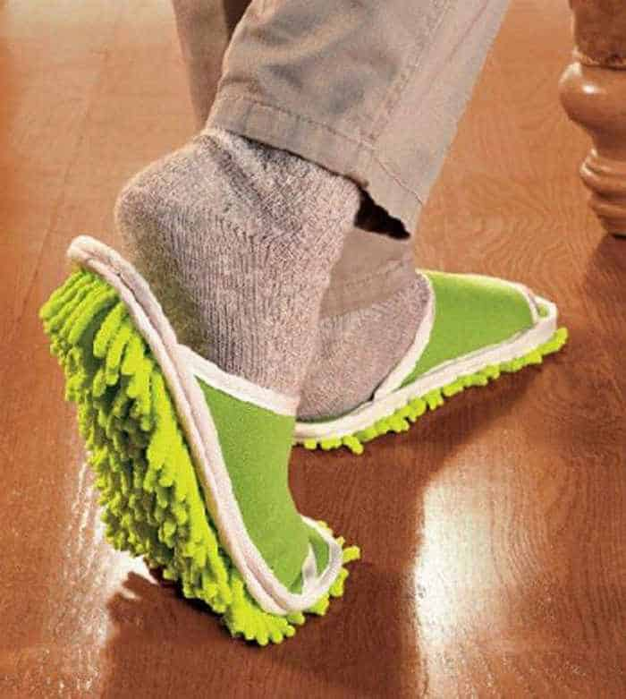12 Creative Funny House Slippers That Are Mind-blowing-02