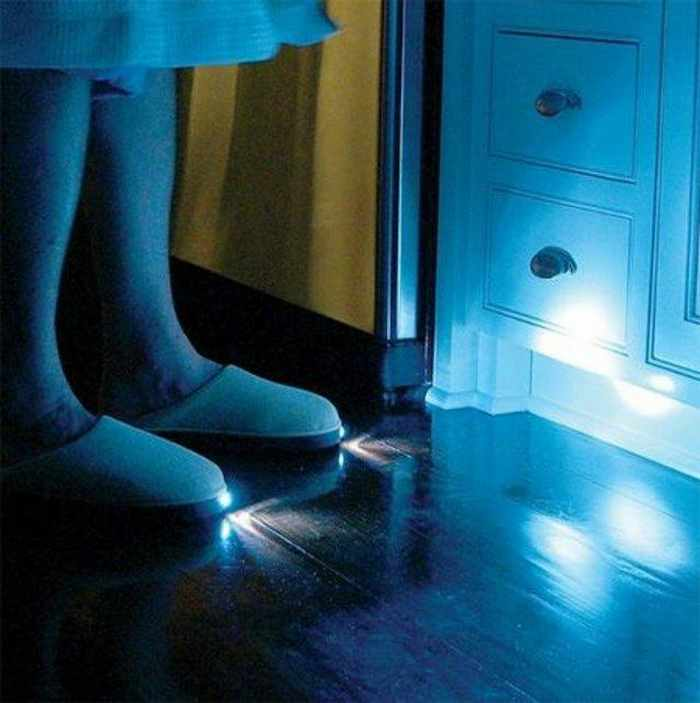 12 Creative Funny House Slippers That Are Mind-blowing-03