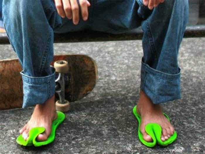 12 Creative Funny House Slippers That Are Mind-blowing-06