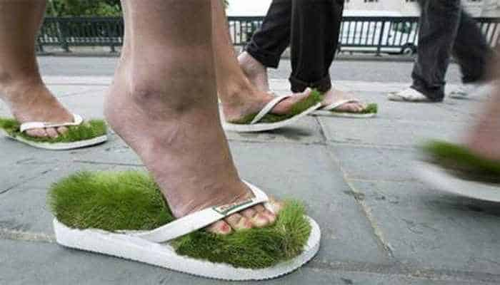 12 Creative Funny House Slippers That Are Mind-blowing-08